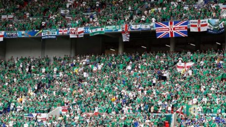 061716 SOCCER Northern Ireland fans PI JW.vadapt.664.high.76